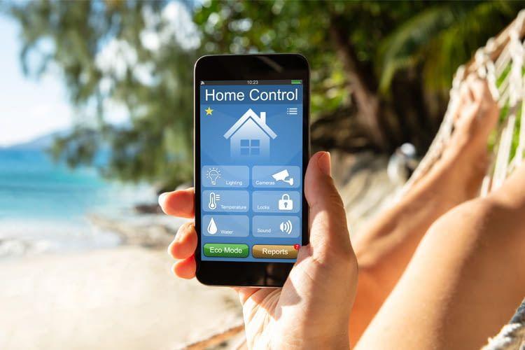 Per App kann das Smart Home sogar aus dem Ausland-Urlaub gesteuert werden