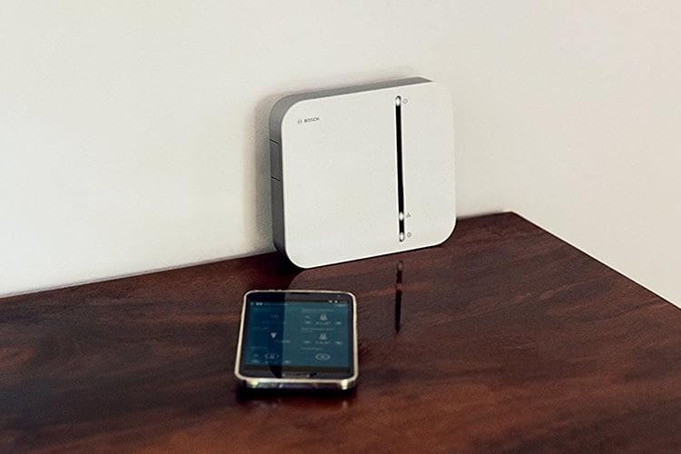 Der Controller ist das Gehirn des Bosch Smart Home Systems, die Steuerung erfolgt via App