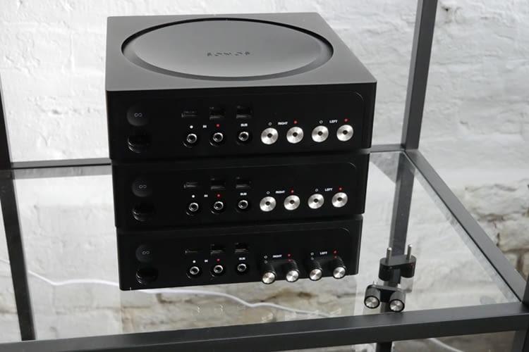 Der neue Sonos Amp ist einzeln oder im Rack einsetzbar