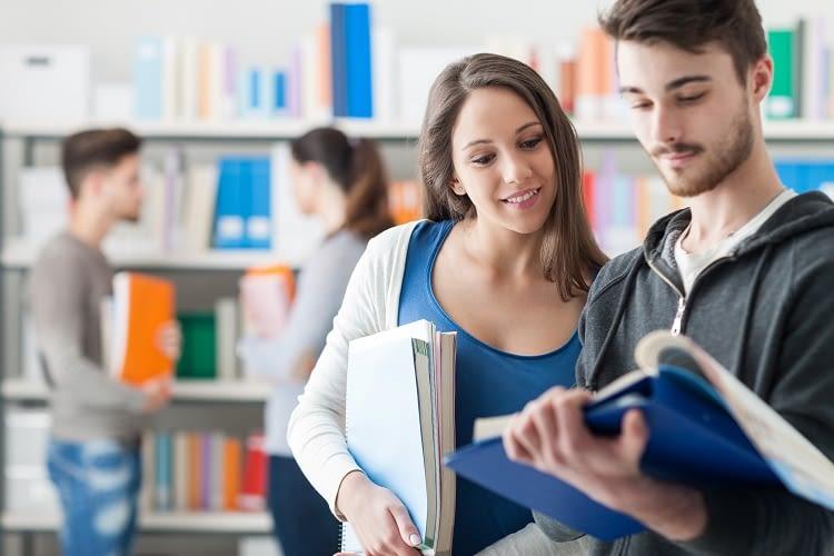 Mit Alexa Skills nie wieder unnötig lange in Büchern nach Antworten suchen