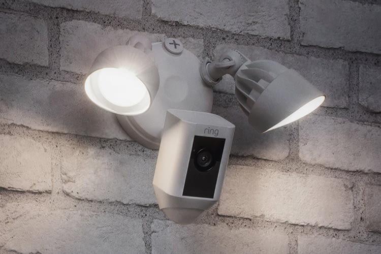Das Licht kann auch unabhängig von der Kamera per App an- und ausgeschaltet werden