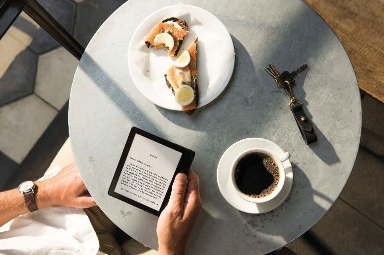 Der Kindle eReader liefert auf Wunsch viele interessante Zusatzinformationen zum Text