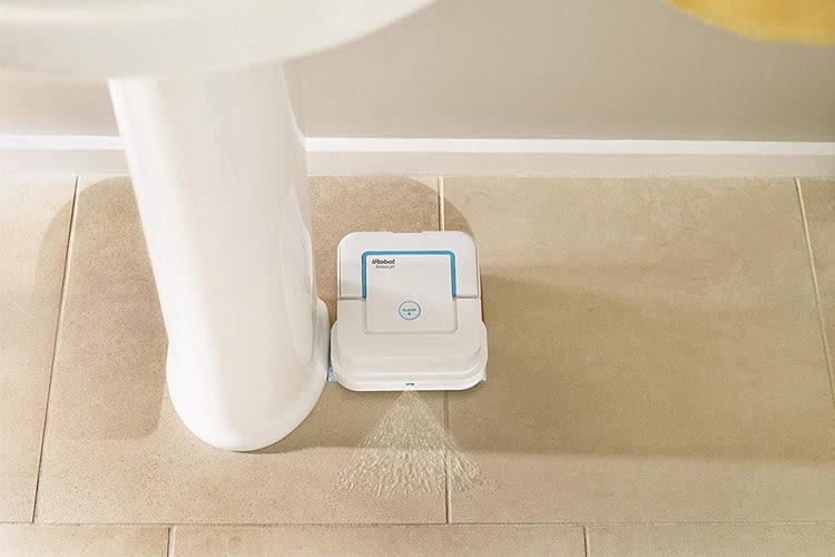 iRobot empfiehlt diesen Wischroboter für Badezimmer- oder Küchenböden