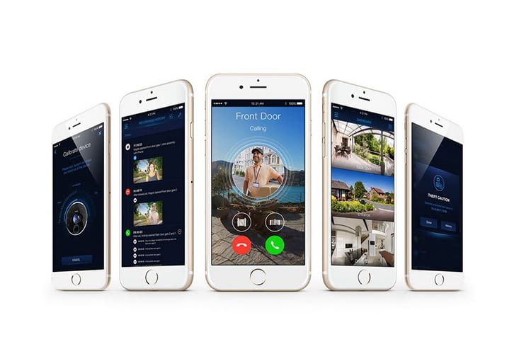 Ist das Fibaro Intercom per App mit dem Smartphone verbunden, hat man Besucher vor der Haustür auch von unterwegs im Blick