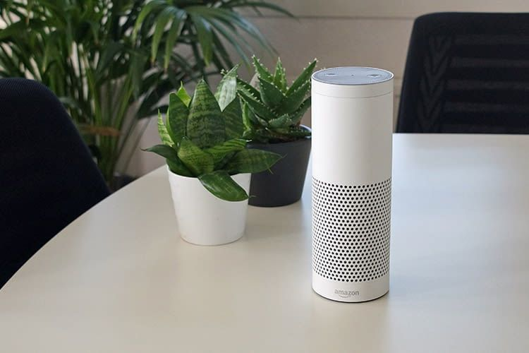 Amazon Echo Plus zieht beim Abspielen von Musik auf voller Lautstärke ganze 7,1 Watt Strom