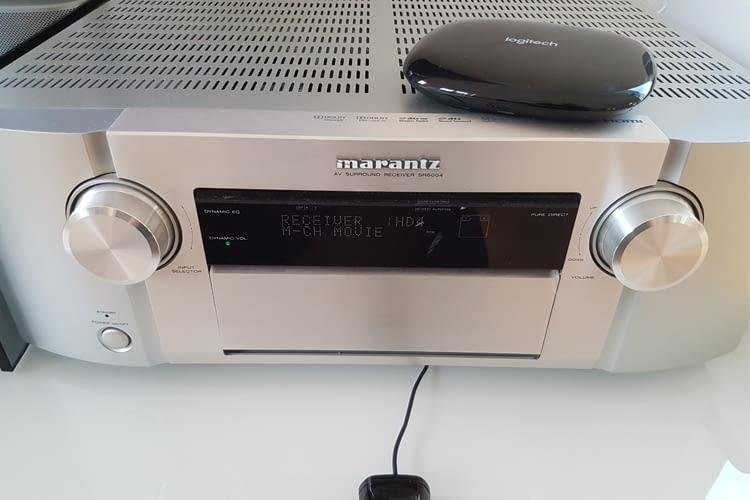 Testaufbau: Marantz AV-Receiver mit Logitech Harmony Hub