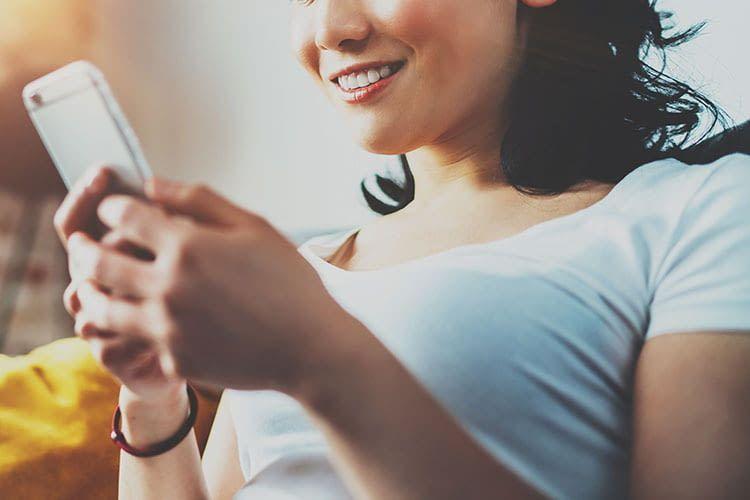 Nicht immer ist ein Laufzeit Handy-Vertrag mit Smartphone günstiger als ein Prepaid Handy-Vertrag
