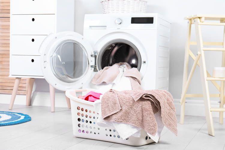 Wer lange Freude an seinem Waschtrockner haben will, muss ihn regelmäßig pflegen
