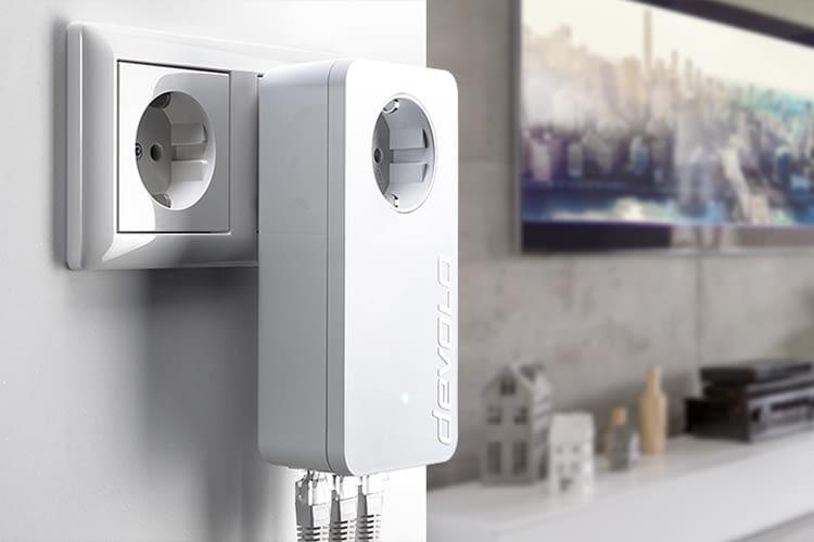 So und nicht anders – der dLAN-Adapter gehört direkt in die Wandsteckdose und in keine Steckdosenleiste