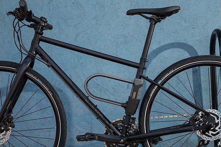 Fahrraddiebstahl vorbeugen: Am besten hilft ein stabiles Schloss wie das ABUS GRANIT XPlus