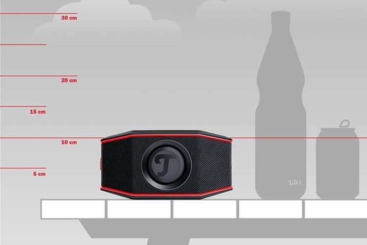 Teufel ROCKSTER GO Bluetooth-Lautsprecher im Größenvergleich