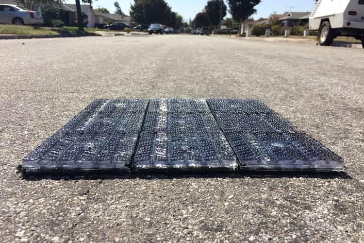 Solmove ermöglicht Photovoltaik auf horizontalen Flächen wie Straßen und Einfahrten.
