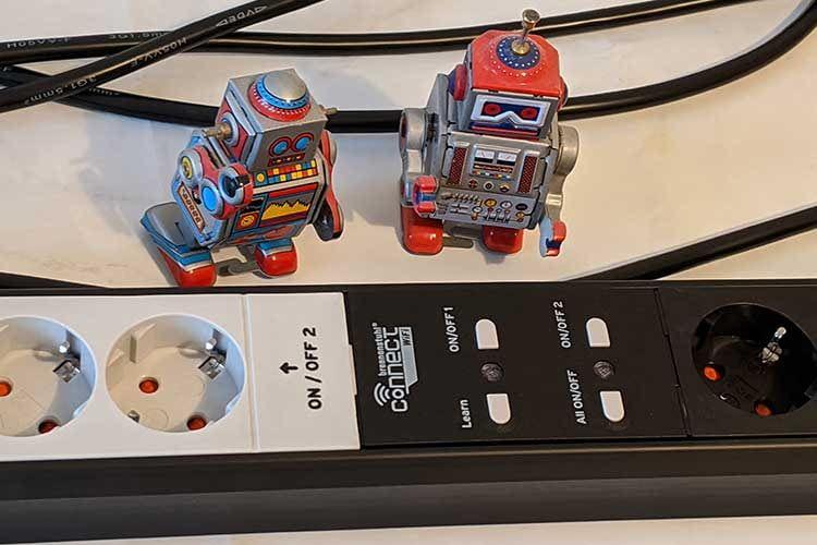 Die brennenstuhl connect Steckdosenleisten lassen sich einfach mit den Sprachassistenten Alexa und Google Assistant verbinden
