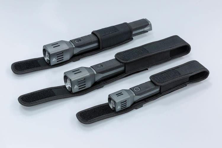 Die drei neuen ABUS Taschenlampen sind eckig, anstelle rund und liegen daher besonders gut in der Hand