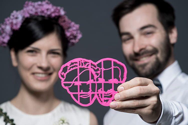 Vom Firmenlogo bis zum Hochzeitsbild wird alles im 3D-Drucker verarbeitet