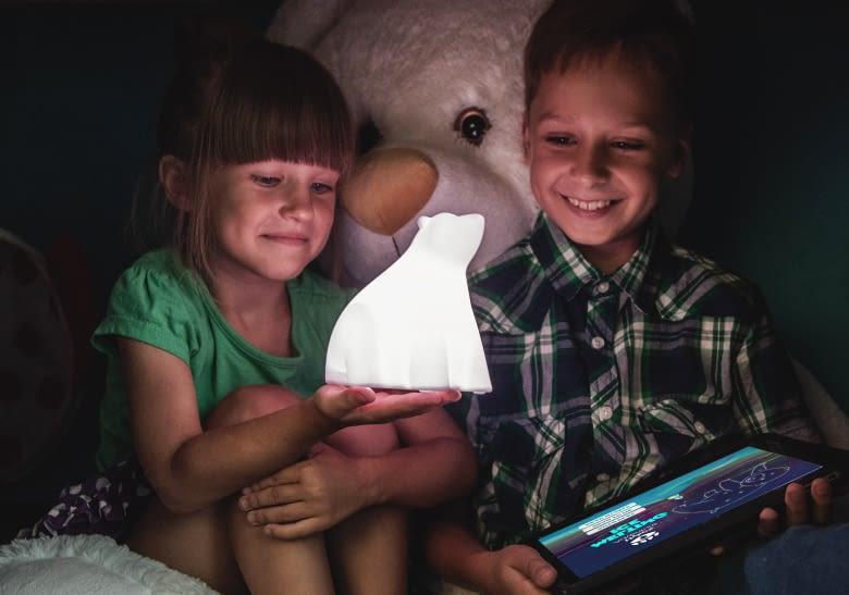 Manchmal dient die smarte Lampe auch nur als Nachtlicht oder Spielzeug