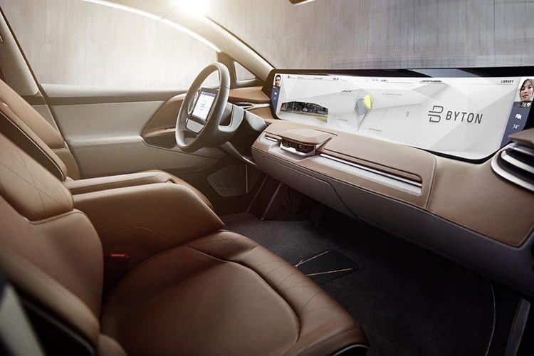 Das Elektroauto von BYTON fühlt sich auch in der Cloud zuhause