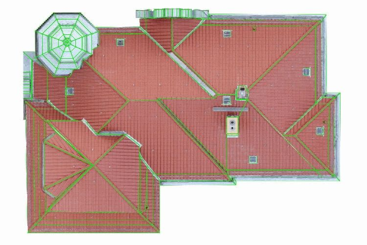 Auftraggeber erhalten von AIRTEAM Roof-Inspector ein detailliertes 3D-Modell mit allen Maßen