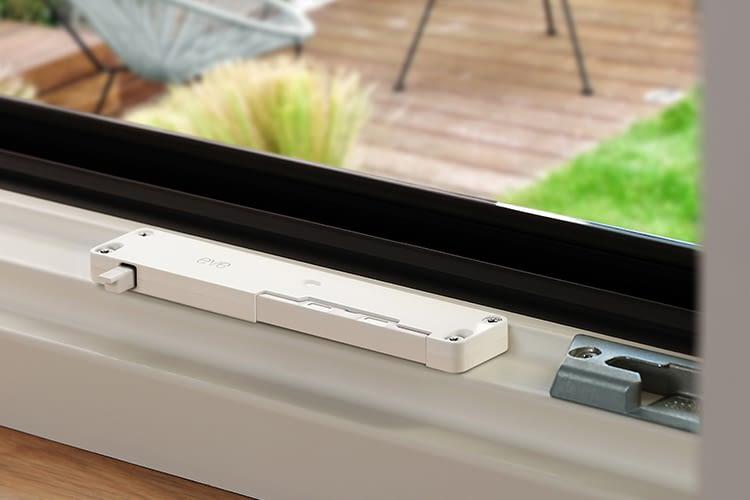 Eve Window Guard registriert den Zustand des Fensters und warnt bei Erschütterungen