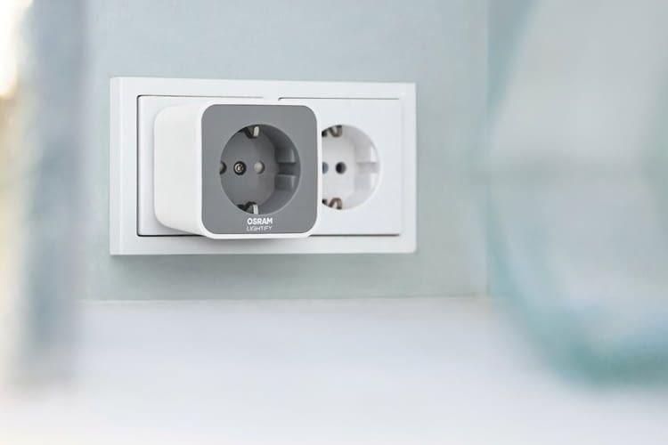 Über diesen Zwischenstecker vernetzte Geräte lassen sich auch mit einer Philips Hue Bridge steuern