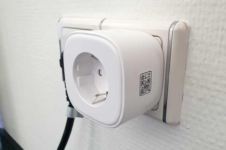 Eine Funksteckdose hilft dabei klassische Haushaltsgeräte schnell smart nachzurüsten