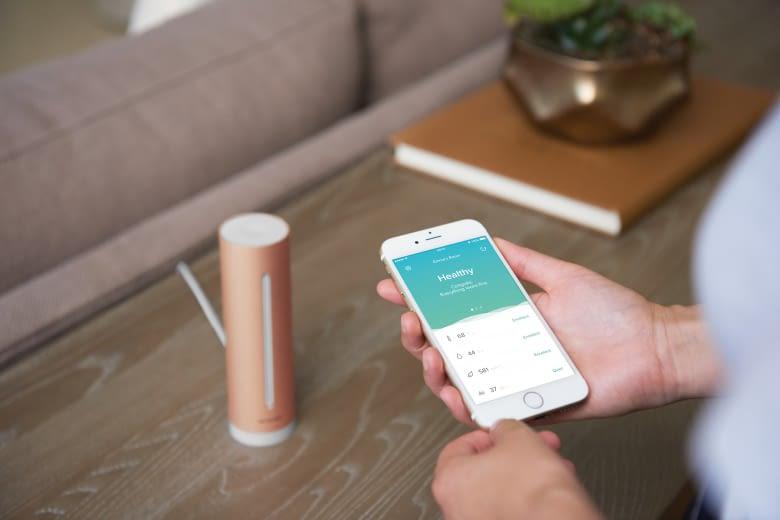 Der Netatmo Healthy Home Coach behält die Luftqualität in Innenräumen im Blick