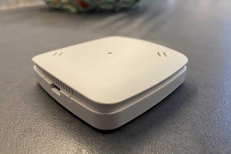 Der im Test verwendete EUROTRONIC Air Quality Sensor gibt u. A. Auskunft über Luftfeuchtigkeit, VOC-Gehalt oder CO2-Konzentration
