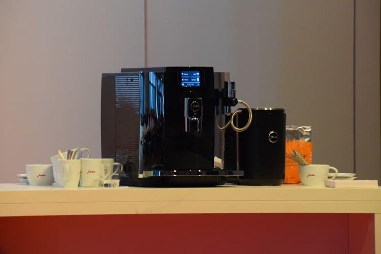 Alle JURA-Kaffeemaschinen ab der Modellreihe 2016 sind mit der neuen App nutzbar