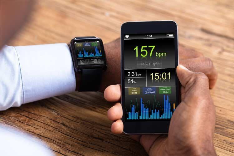 Moderne Smartwatches bieten zahlreiche Analyse- und Trackingfunktionen