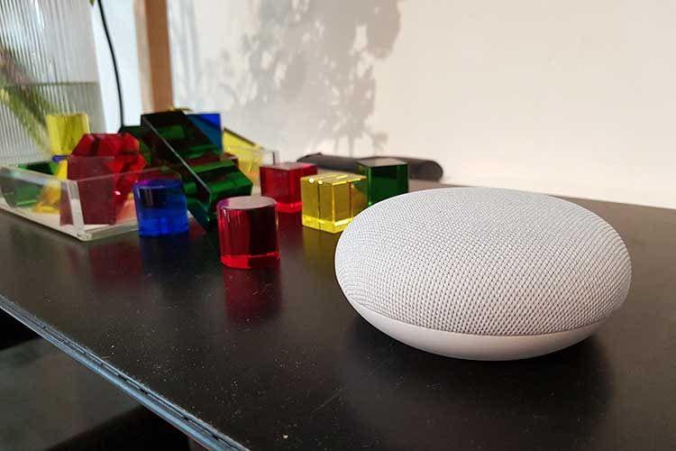 Google Nest Mini wurde in Berlin auf einem Google Event vorgestellt, zu dem auch die Redaktion eingeladen war