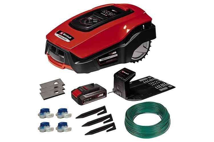 Die Einhell FREELEXO Mähroboter werden in der Kit-Version inklusive Akku und Installations-Zubehör verkauft