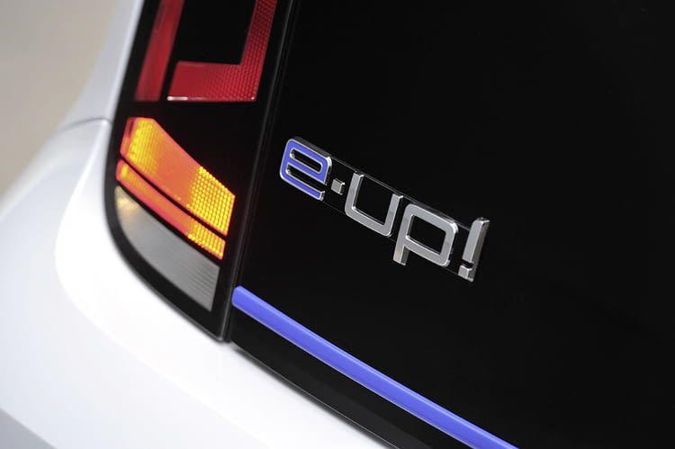 Der Kaufpreis für das Elektroauto VW e-up! liegt mit Prämie bei etwa 23.000 Euro