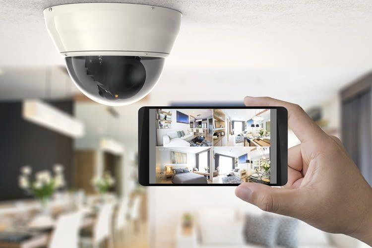 Ein altes Smartphone ergänzt oder ersetzt Überwachungskameras