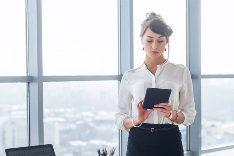E-Mails schreiben, Smart Home steuern, Bilder bearbeiten - mit Tablets kein Problem