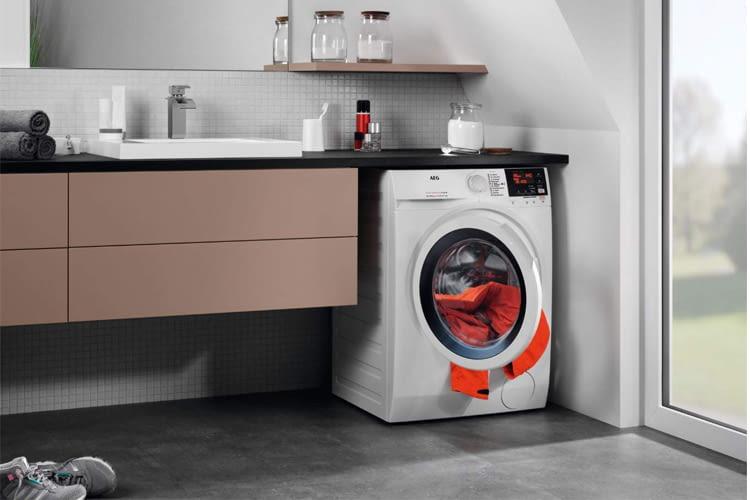 Per NonStop 60 Minuten Programm lässt sich Wäsche besonders schnell waschen und trocknen