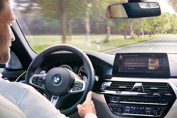 BMW beschloss als einer der ersten Hersteller den Trend zur Sprachsteuerung zu unterstützen