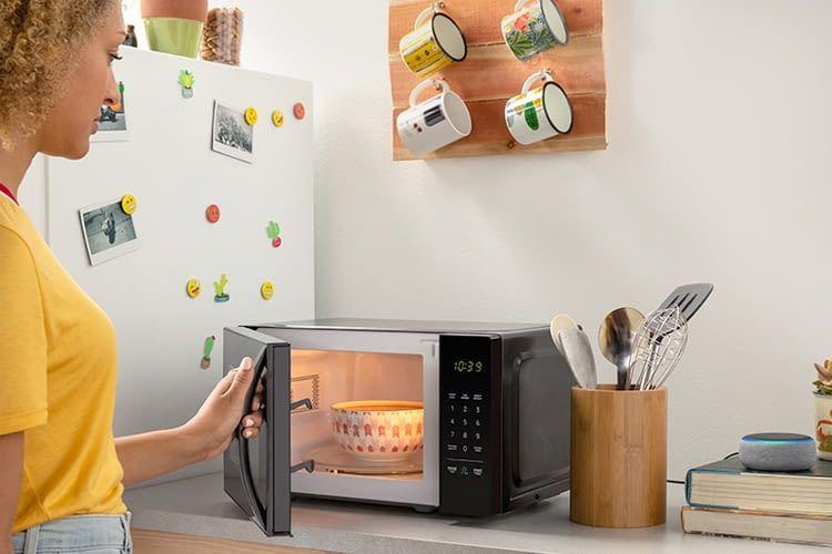 Rezepte abrufen oder Lebensmittel bestellen kann man auch mit normalen Echo Lautsprechern