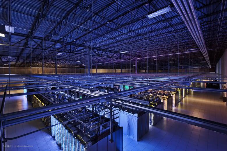 In Rechenzentren wie diesem wachsen Computer zu neuronalen Netzwerken zusammen