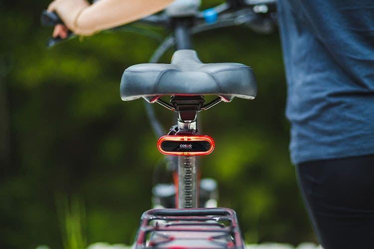 Cosmo Bike erhöht auch die Sicherheit für Fahrradfahrer ohne Helm