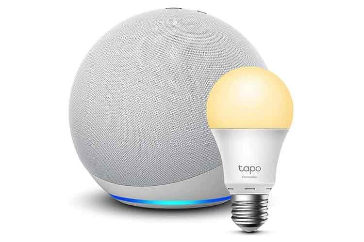 Amazon Echo 4 und smarte TP-Link tapo LED-Birne für den Einstieg ins Smart Home