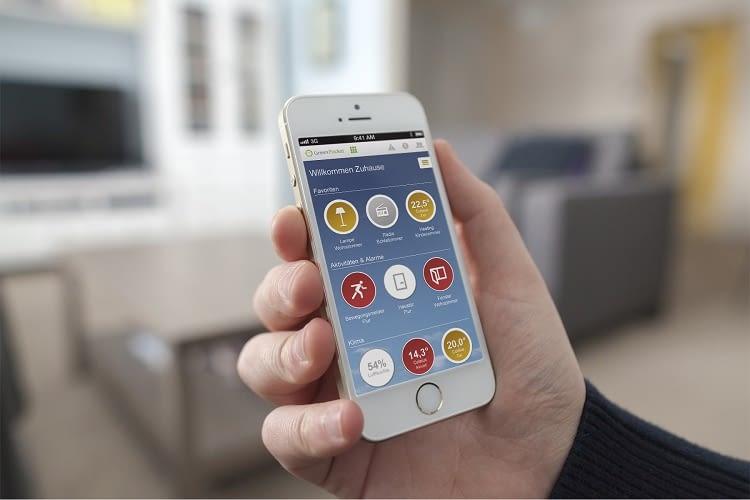 Per Desktop oder Smartphone lassen sich einfach Automationsregeln anpassen