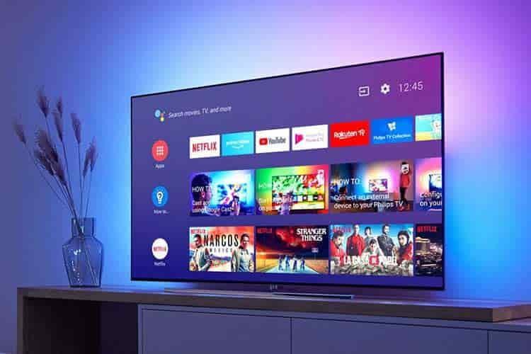 Ein Smart TV wie ein Philips Android TV bietet nicht nur Apps für Streaming-Dienste an, sondern auch Spiele und Informationen
