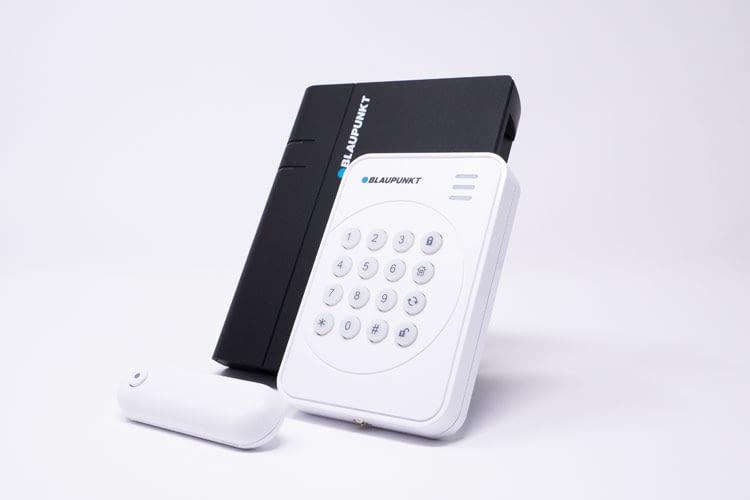 Q-Pro 6600 bietet durch sein Funk-Bedienteil mehr Bedienkomfort