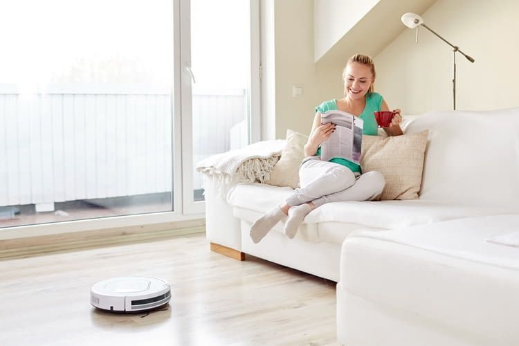 Vacuum robots work independently and still react flexibly to special requests