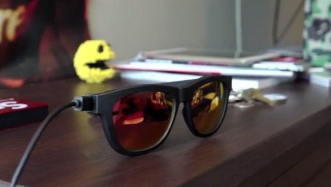 Smarte Sonnenbrille Zungle Panther - Datenübertragung per USB-Anschluss