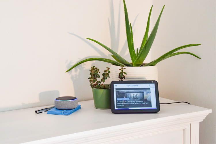 Auf Alexa Displays lassen sich sogar Websiten oder YouTube Videos auf Zuruf ansehen