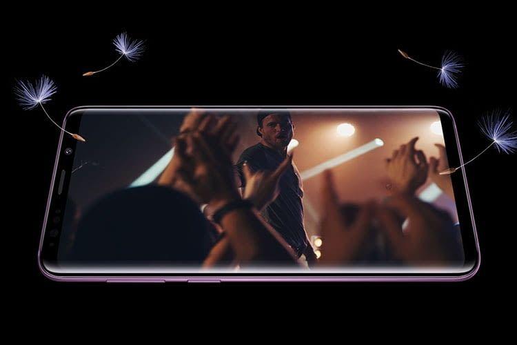 Das Samsung Galaxy S9 Smartphone verfügt über integrierte Stero-Lautsprecher