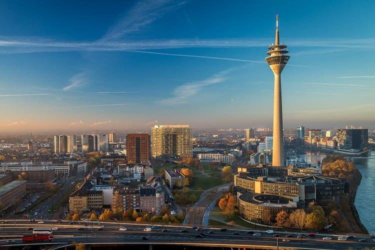 Installation und Montage einer Photovoltaikanlage mit oder ohne Stromspeicher in Düsseldorf und Umgebung