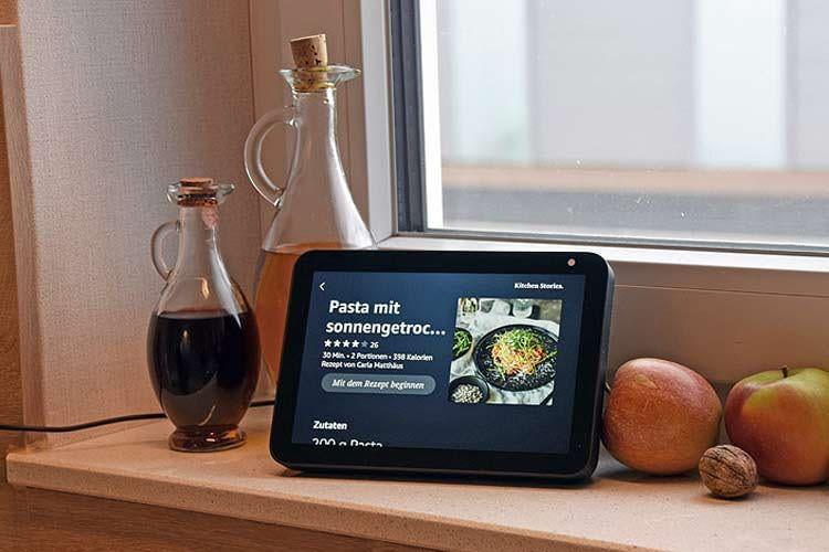 In der Küche liefert Alexa über Echo Show Rezeptideen mit Bild und Schritt-für-Schritt-Anleitung