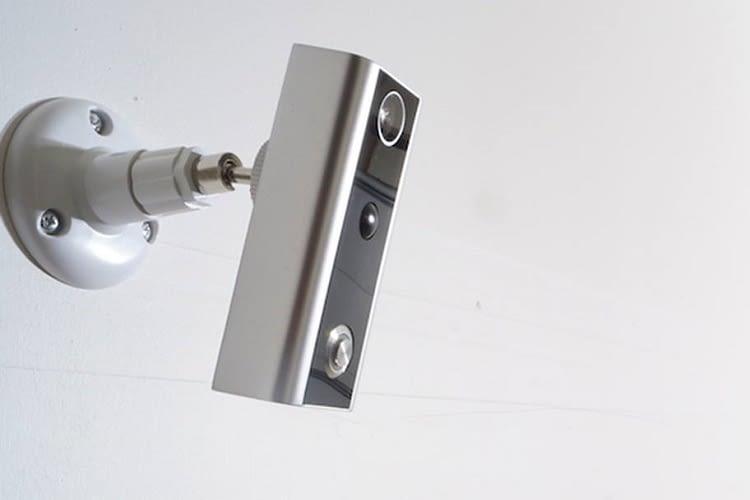 Die Xchime Doorbell kann auch frei hängend angebracht werden